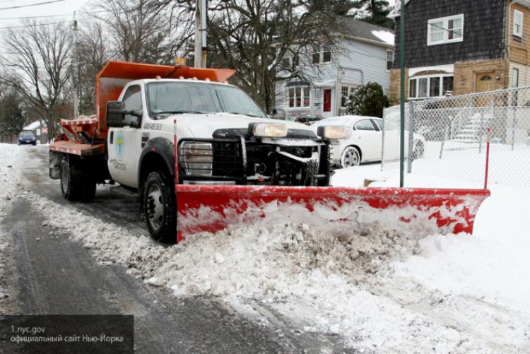 НаНью-Йорк надвигается снежная буря: Объявлено чрезвычайное положение