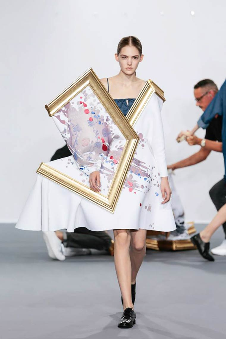 Art and Fashion - When museums paintings become amazing dresses