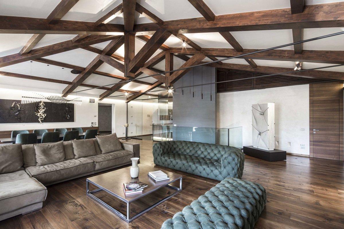 Перуджа, Италия, Giammetta Architects, реставрация частного дома, частные дома в Италии, дерево в интерьере фото, терраса с бассейном фото