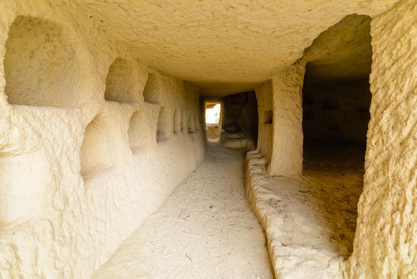 Фото 28. Так выглядят пещеры Каппадокии внутри. Отзыв об отдыхе в Турции в мае. Поездка по стране на авто. 1/30, -0.67, 8.0, 320, 14.