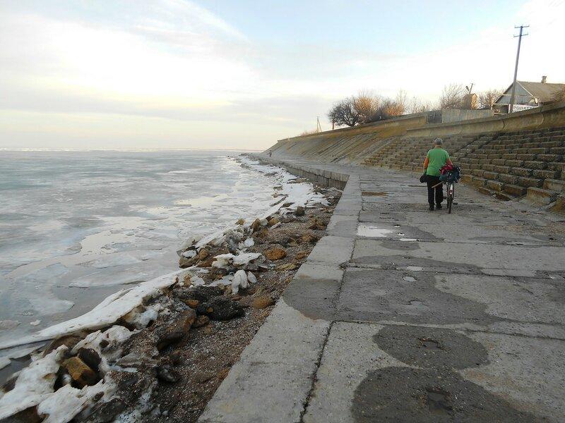 Дорога бетонная у моря зимнего ... DSCN0972.JPG