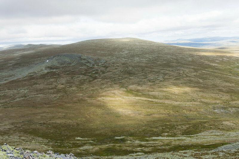 пейзаж на вершине горы Муэн (Muen) с горой Gråvorden