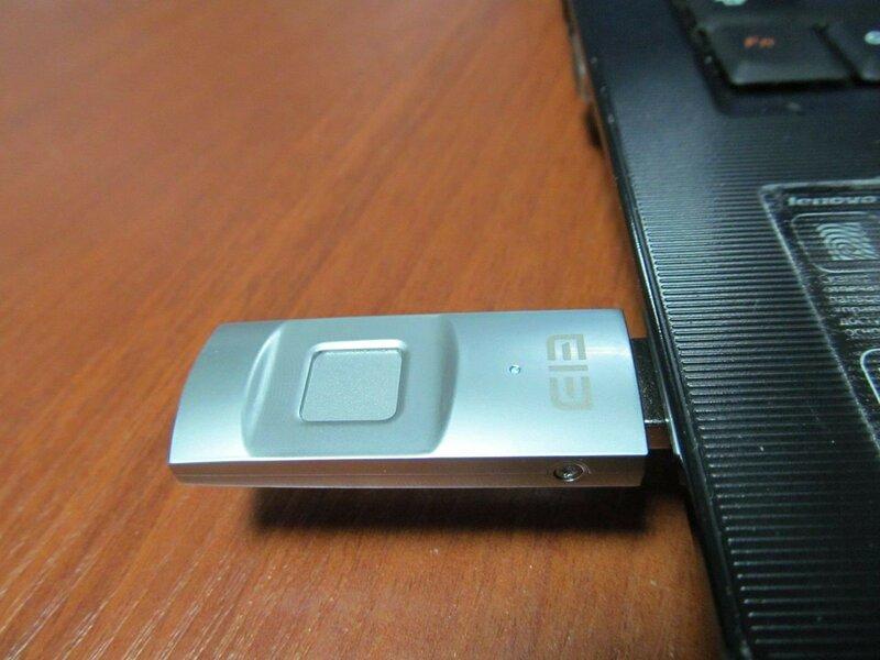 GearBest: ELE Secret – флешка 64 Гб с дактилоскопическим сенсором от Elephone
