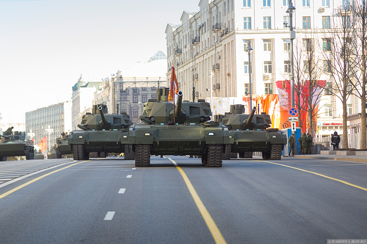 Генеральная репетиция Парада Победы. На БМП-3 по Москве
