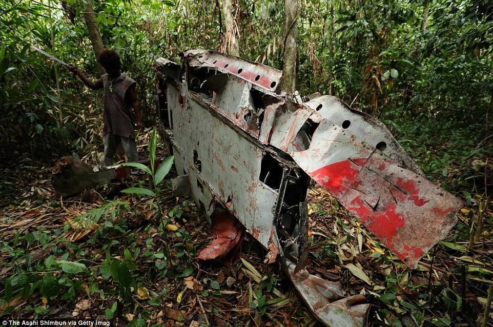 Японский истребитель «Зеро» на острове Гуадалканал, Соломоновы острова.