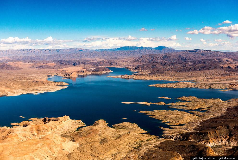 17. Река Колорадо является одной из самых контролируемых в мире. Бум строительства гидротехниче