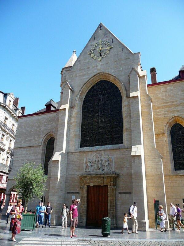 Église St Nicolas  (5).JPG