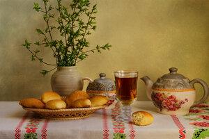 Про пирожки и чай.)
