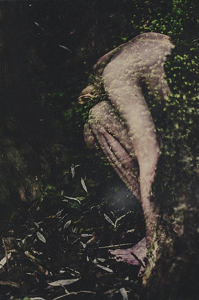 Creepy Portrait Photography by Manuel Estheim