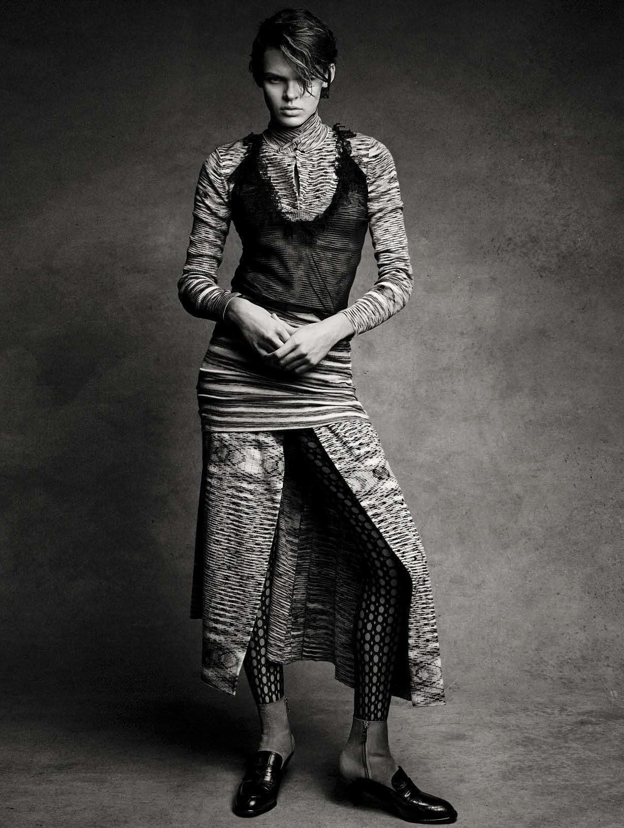 Новое поколение супермоделей / Cara Taylor by Patrick Demarchelier - Vogue Italia january 2017