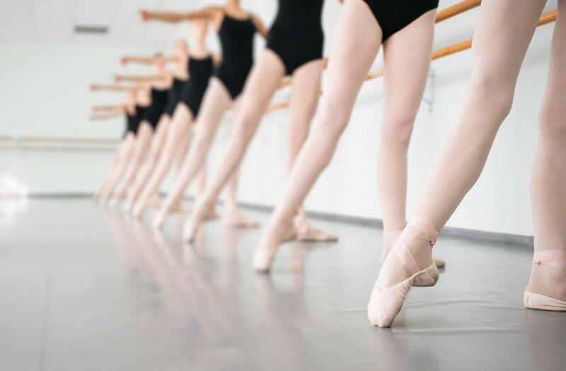 first-ballet-class-article-1.jpg
