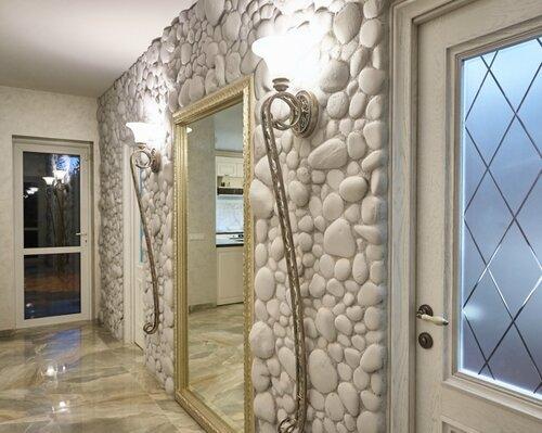 014 коридор холла, светильники, натуральный камень, зеркало