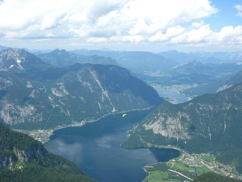 Вид на Хальштаттское озеро сверху