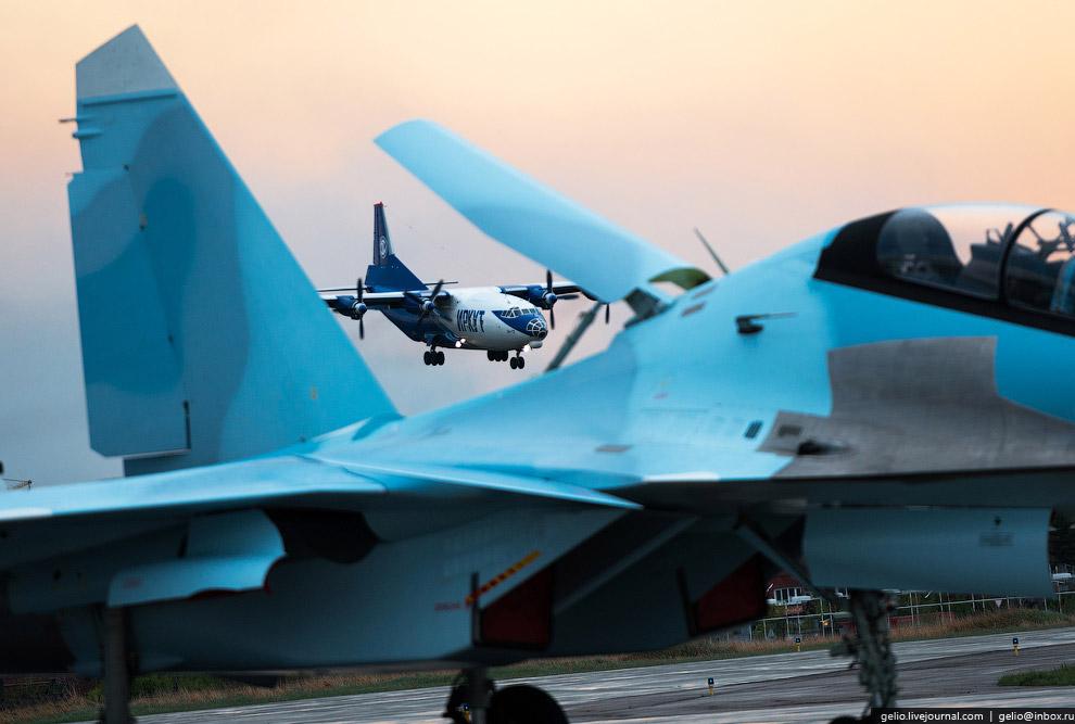 49. Стоимость одного Су-30 СМ составляет $50 млн.