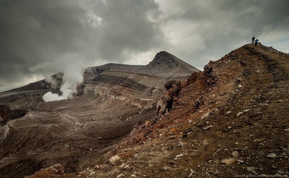 30. Также смотрите « Вулканы Камчатки » и « Дымок из преисподней ».