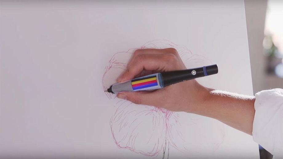 Представлена «умная» ручка, которая определит любой цвет вмире, апосле сможет рисовать имнабумаг