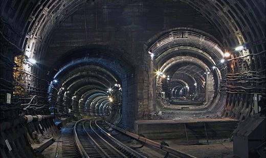 Станция метро «Красногвардейская» временно закрыта из-заЧП