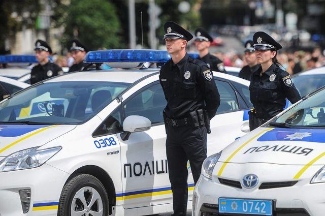 Полиция сострельбой задержала водителя, ехавшего соскоростью 200 км/ч