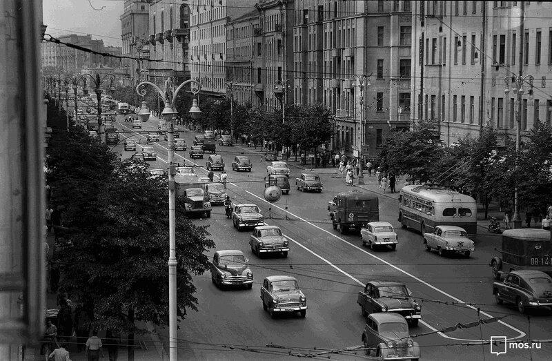 473558 Улица Горького 1961 Н. Грановский.jpg