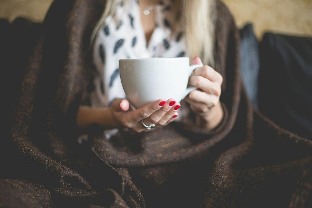 woman-with-a-cup-of-tea-picjumbo-com.jpg