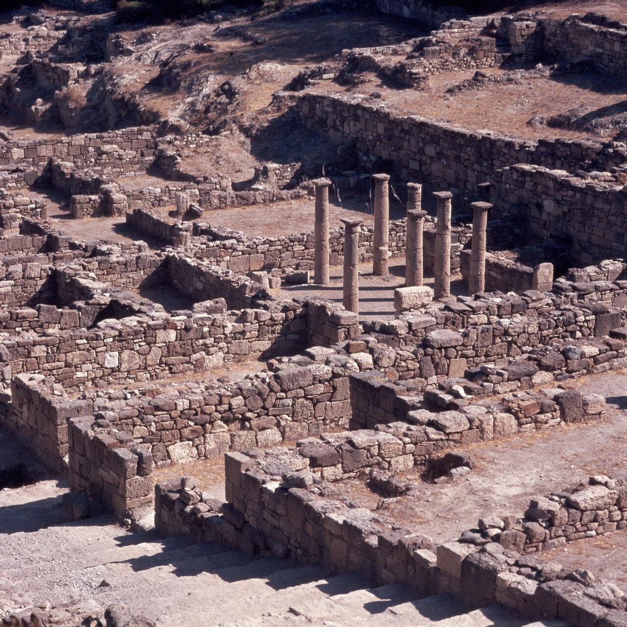 Камирос. Перистиль здания эллинистического периода, II в. до н.э.