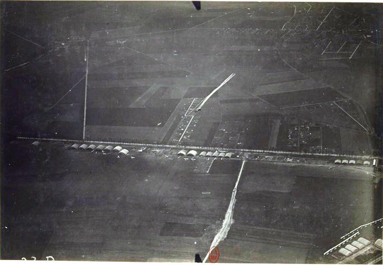 15. «Ньюпор» торпиллер атакует аэростат BCA. 24 апреля 1916