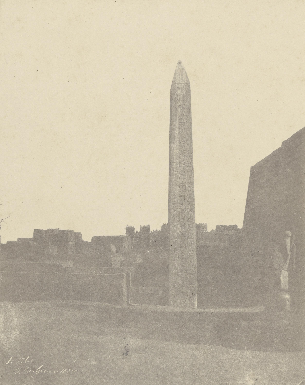 Луксорский обелиск (западная сторона)