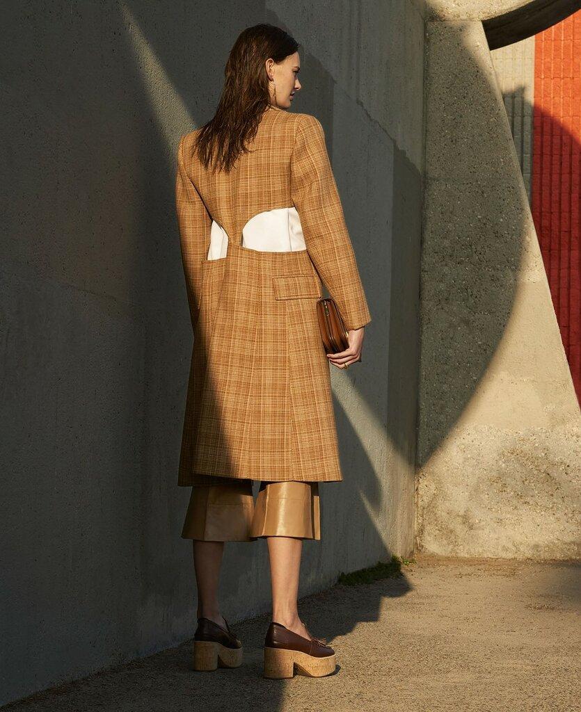 Фотосъёмка - Аманда Мёрфи для Elle US 06.jpg