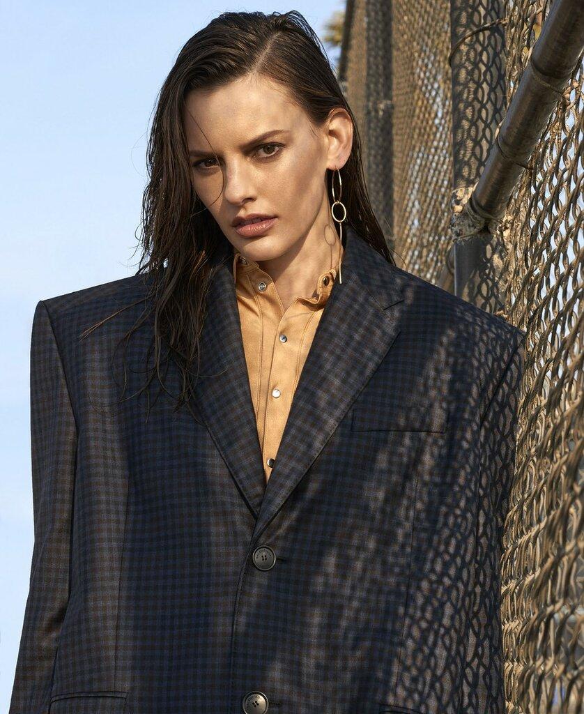 Фотосъёмка - Аманда Мёрфи для Elle US 04.jpg