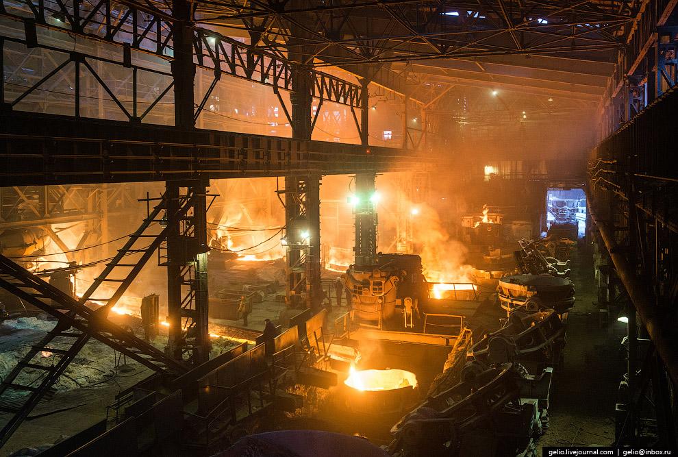Современный завод им. Серова — это предприятие с полным металлургическим циклом.