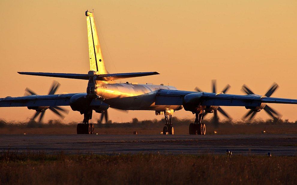 Ту-160 Фотографии Дмитрия Чистопрудова   Гвоздь сегодняшней программы — сверхзвуковой страте