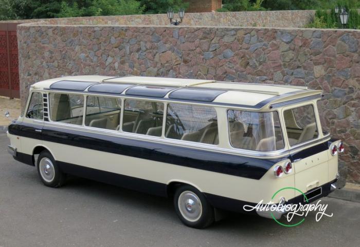 ЗИЛ-118 Юность микроавтобус представительского класса