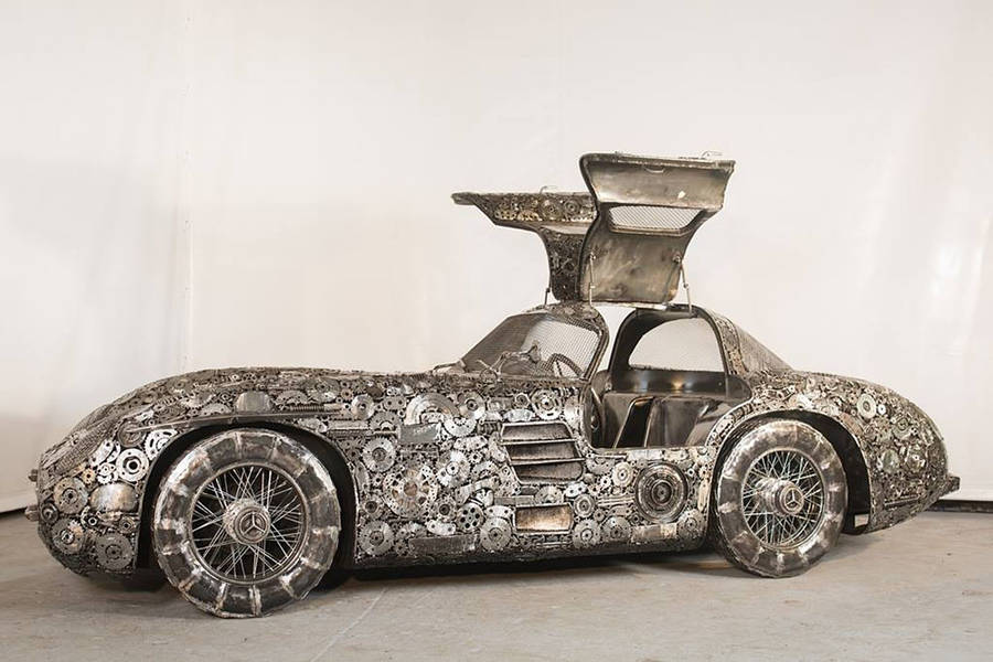 Iconic Cars Made With Junk Metals (11 pics)