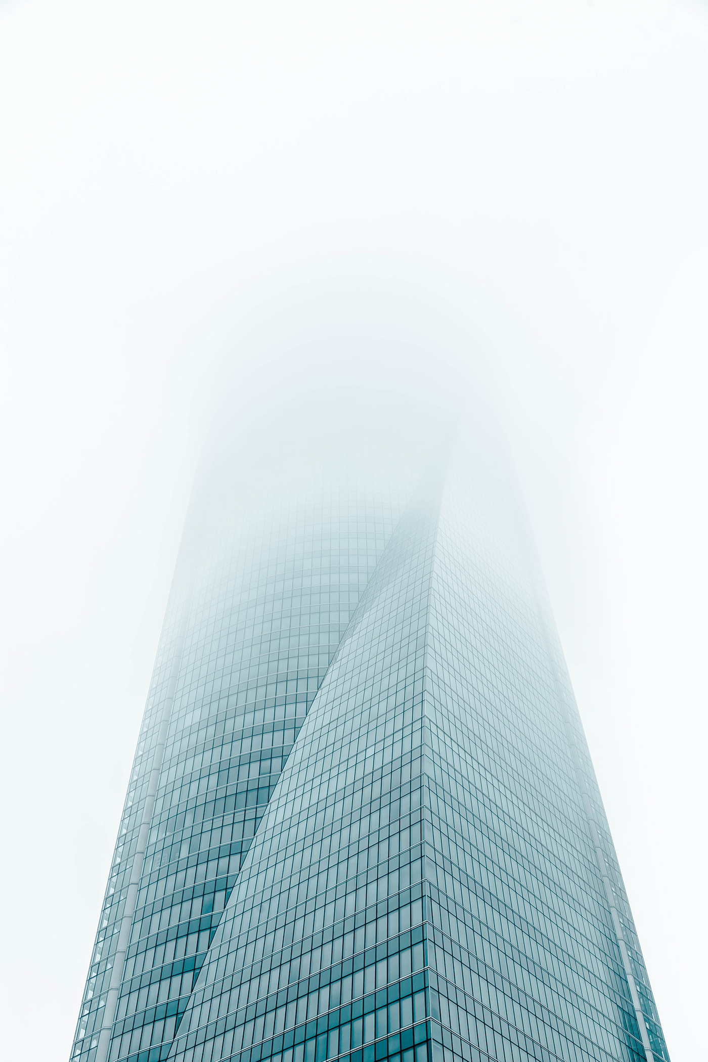 Mysterious Pictures of Madrid Architecture in the Fog