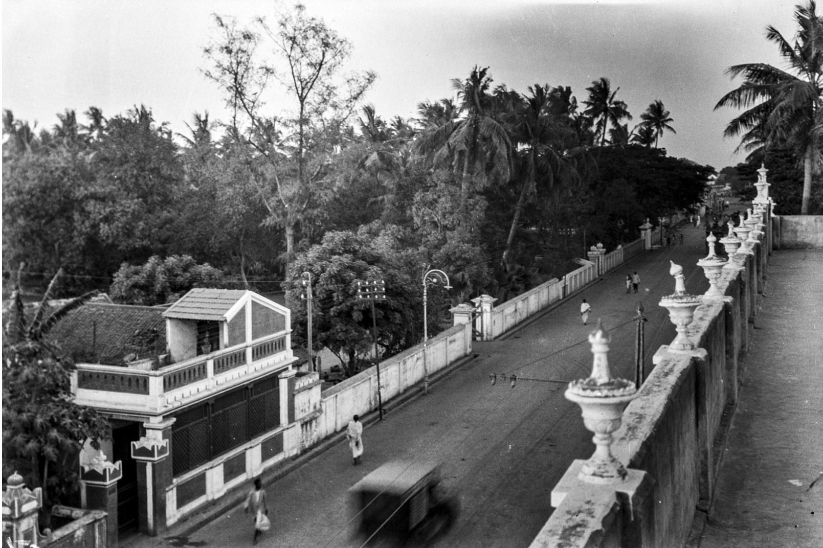 478. Уличная сцена в Мадрасе