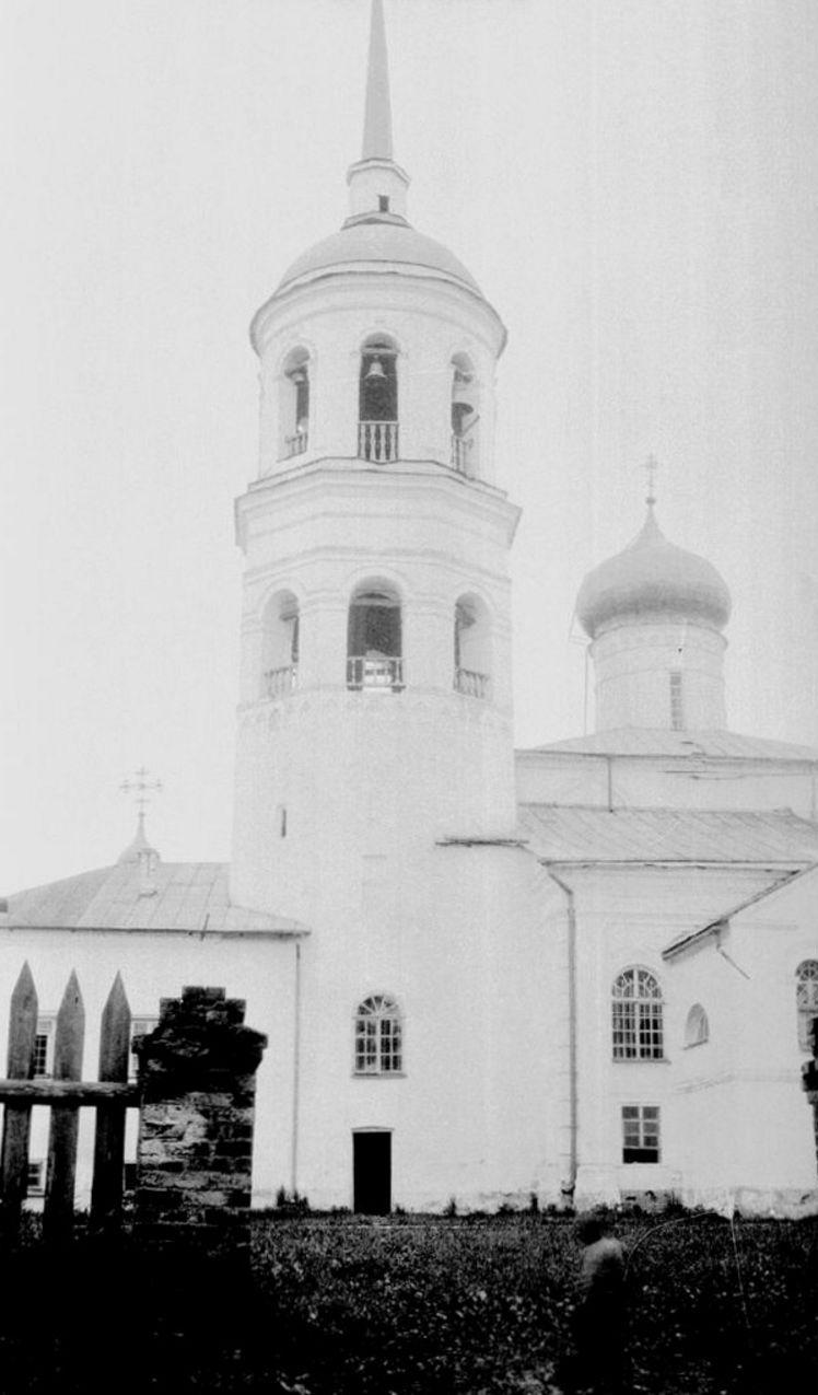 Преображенский собор. Колокольня. Вид с запада