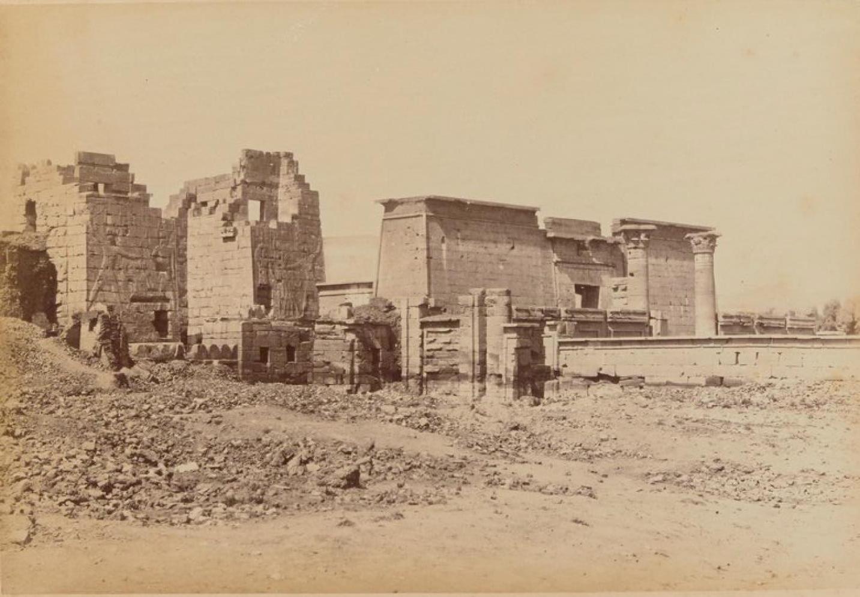 Мединет-Абу. Храм и дворец