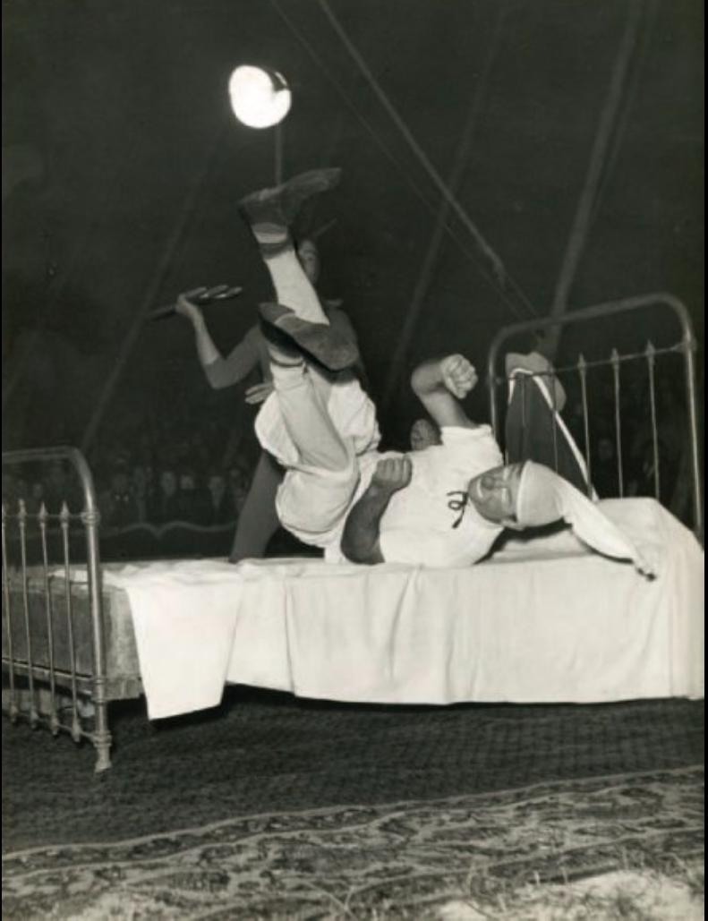 1950. Клоун Ашиль Заватта