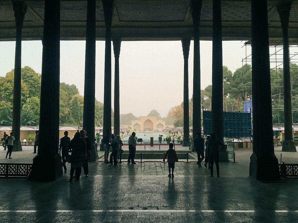 Чехель Сотун (Дворец сорока колонн) в Исфахане.