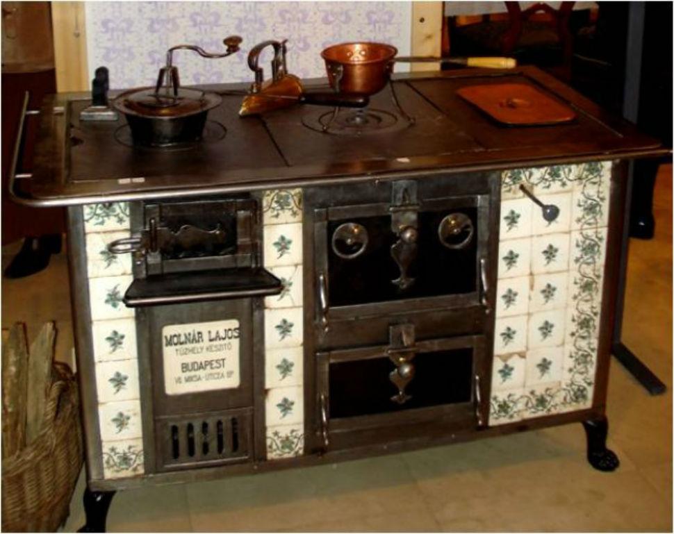 Кухонная плита XIX века.