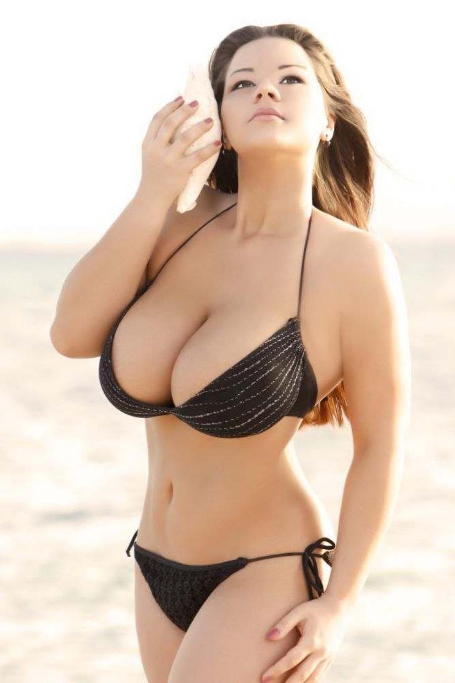 Актрисы с большой натуральной грудью
