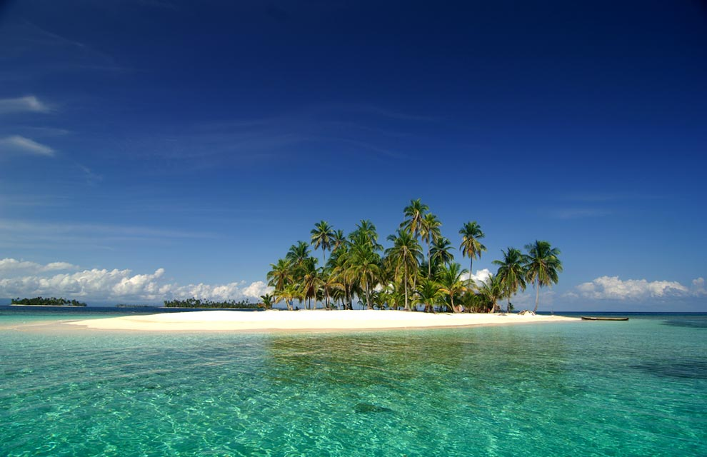 12. Архипелагам Сан-Блас, Лас-Перлас, Койба принадлежат тысячи небольших райских островов.