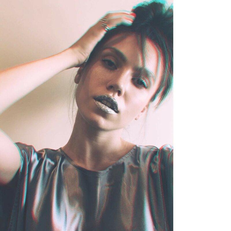 губы-в-глиттере-макияж-фото6.jpg