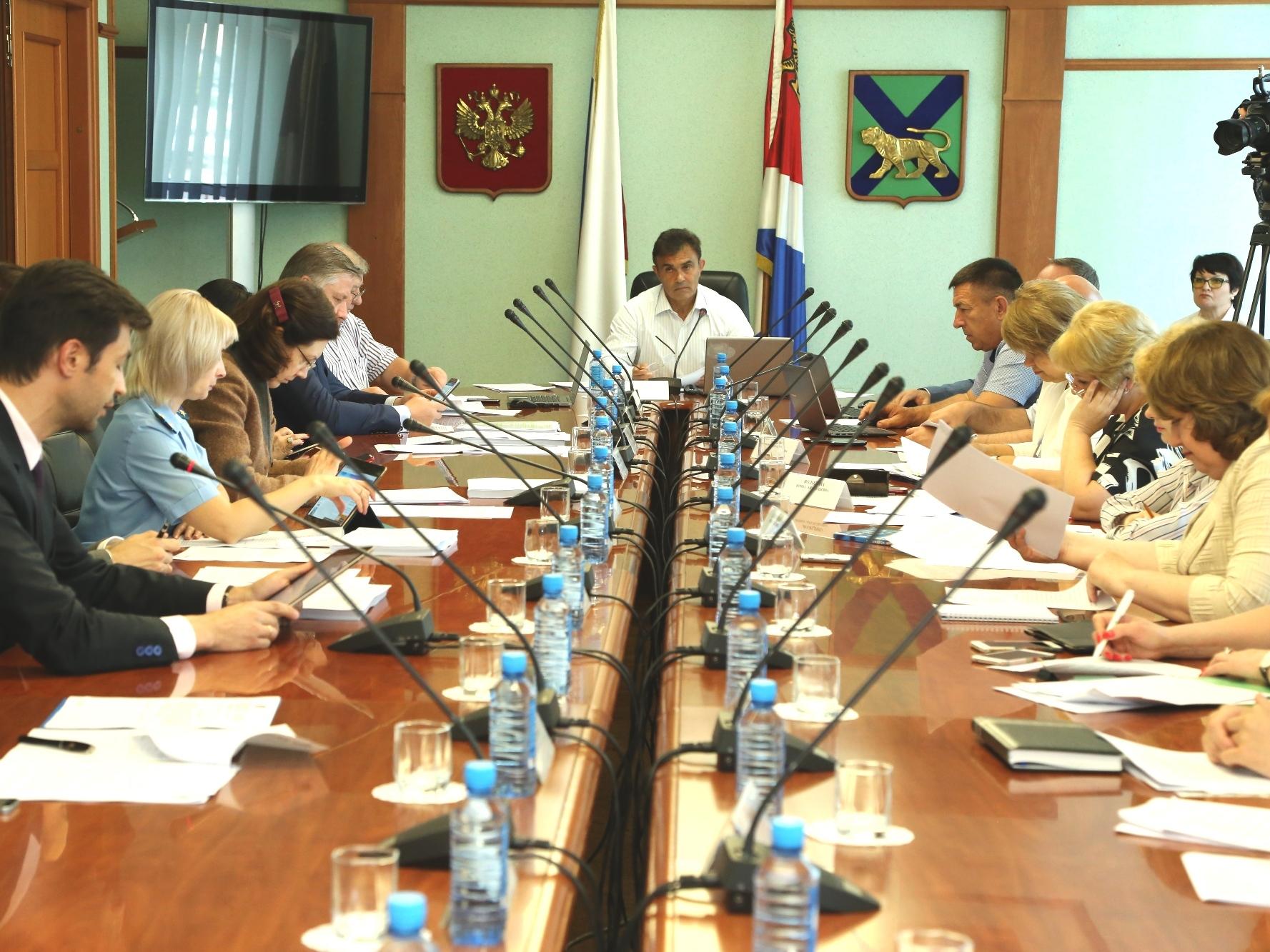 Владивосток желает выручить 8,5 млрд руб заHyatt