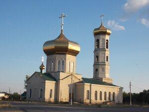 Церковь в честь апостолов Петра и Павла в селе Петровское (25.08.2016)