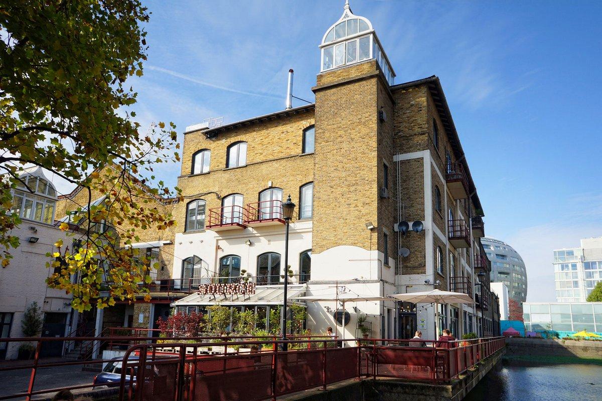 Ransome's Dock West Apartment, лофт в Лондоне, английский лофт фото, лофт в центре Лондона фото, элитная квартира в Англии фото, лофты мира фото
