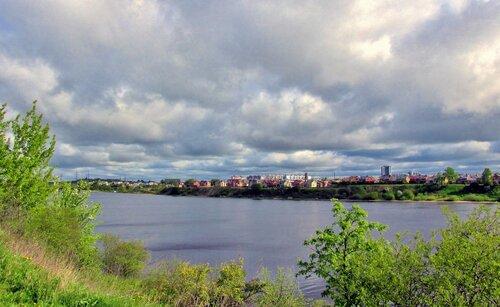 Весной на реке Великой