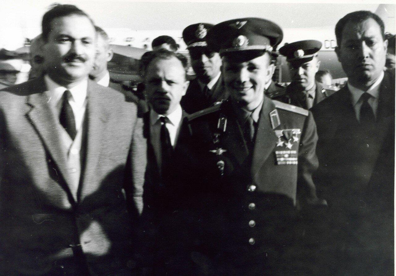 05.02. Юрий Гагарин в Каире на базе ВВС Египта
