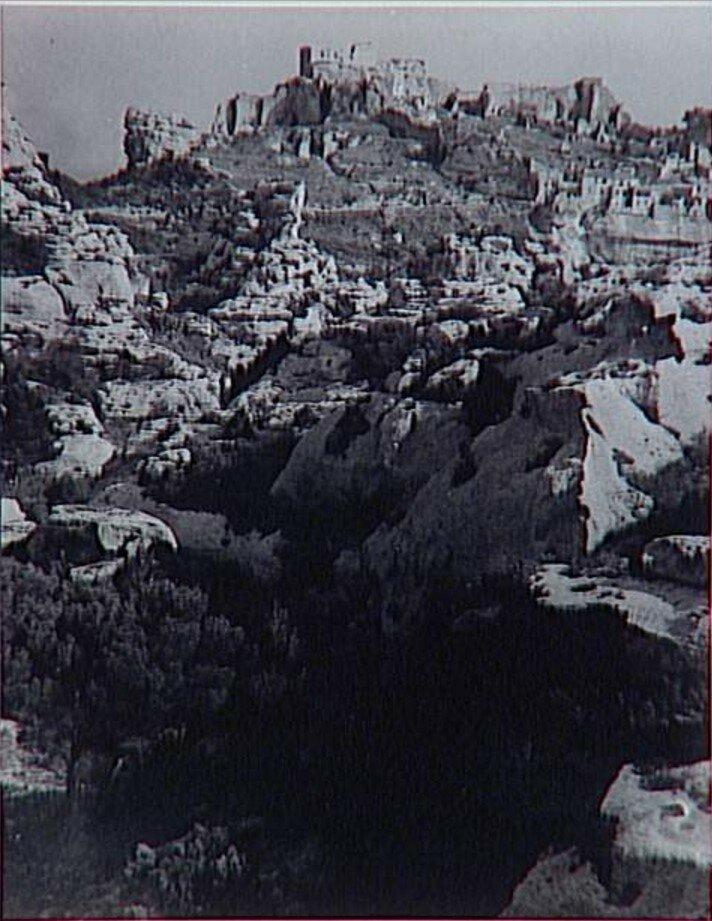 1937. Пейзаж в Ле-Бо-де-Прованс