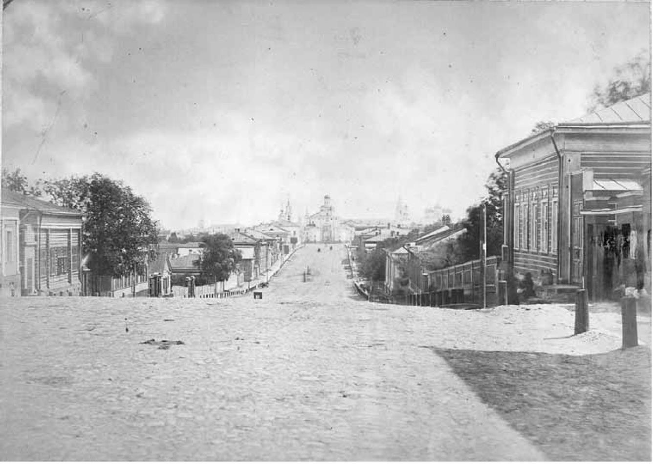 Дворянская улица. Вид с запада, со Студеной горы, на Золотые ворота. Грачев Н.П. 1884-1887